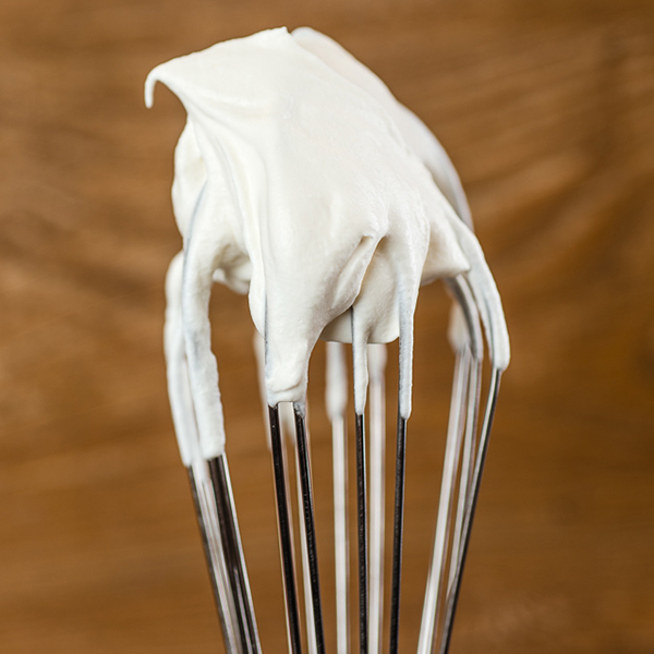 how-to-make-perfect-whipped-cream-8