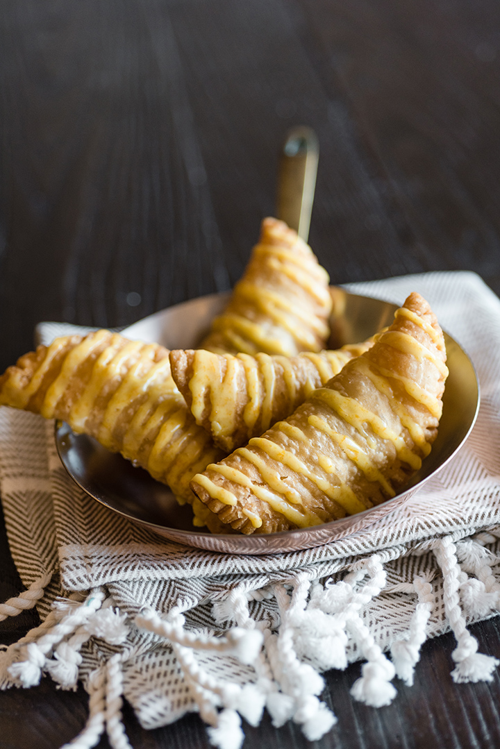 Fried Apple Pies | @hamiltonbeach