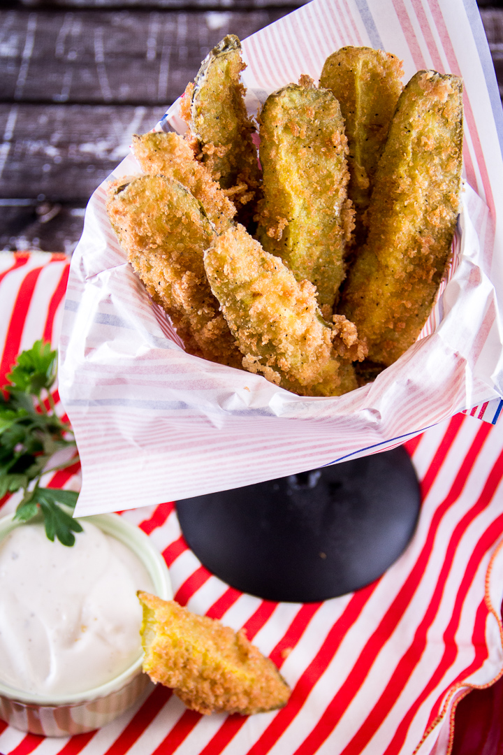 Fried Dill Pickles with Ranch Dressing from Everyday Good Thinking | @HamiltonBeach