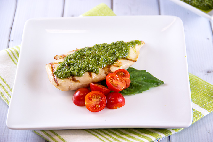 Grilled Chicken with Pesto from Everyday Good Thinking by @hamiltonbeach