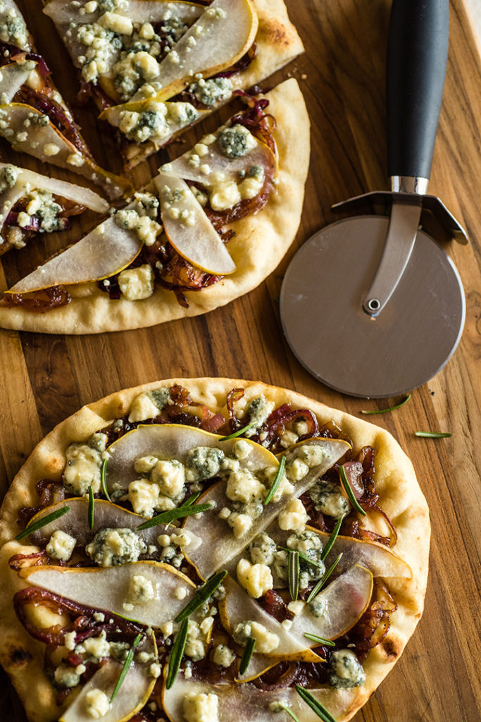 Pear and Gorgonzola Naan Pizza
