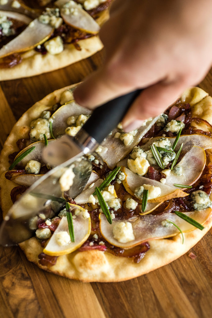 Pear & Gorgonzola Naan Pizza