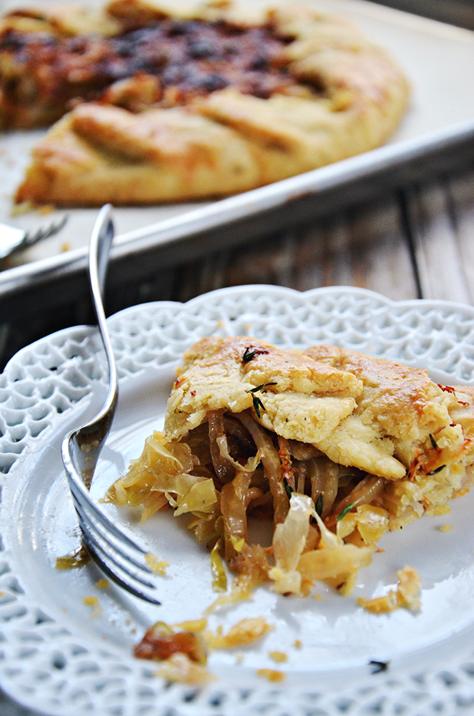Center Stage: Caramelized Onion, Cabbage and Fennel Crostada with @mtnmamacooks on Everyday Good Thinking, the official blog of @hamiltonbeach