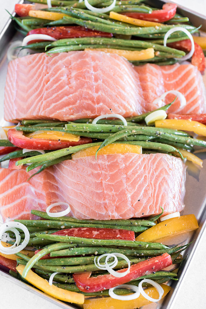 Sheet Pan Salmon with Green Beans