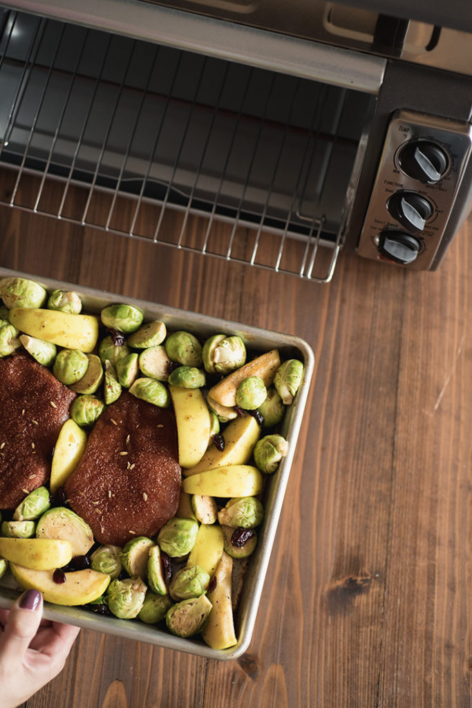 Pork Chops with Maple-Glazed Apples Sheet Pan Supper