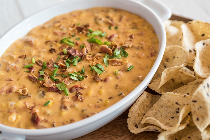 Slow Cooker Queso Dip