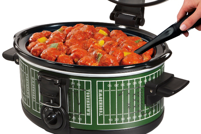 Touchdown Meatballs and other Football Tailgating Recipe Ideas from Everyday Good Thinking, the official blog of @HamiltonBeach