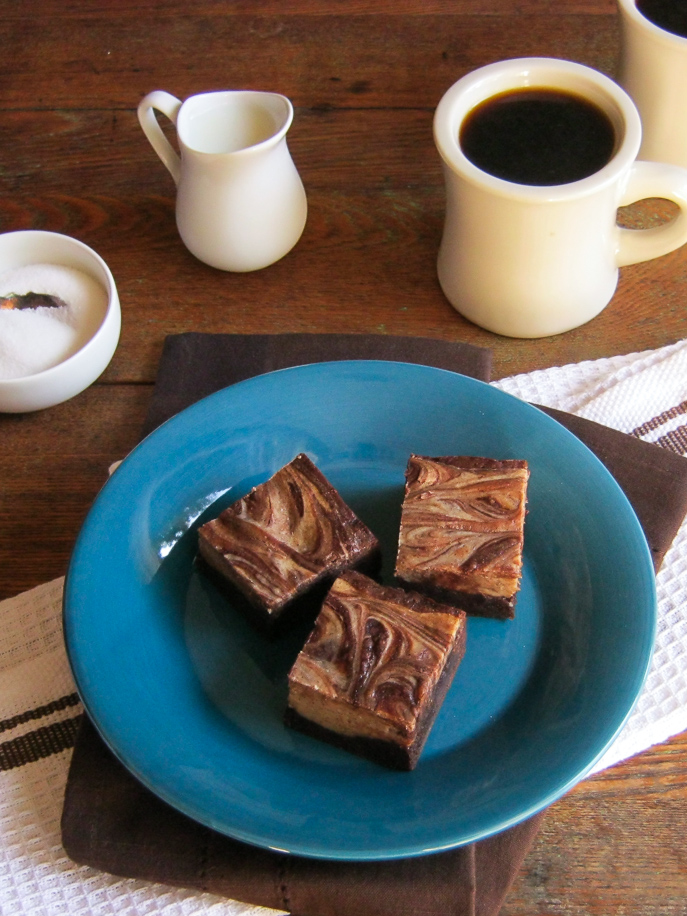 Cafe Mocha Marble Brownies from Everyday Good Thinking, the official blog of @hamiltonbeach everydaygoodthinking.com