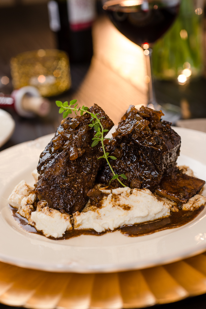 Slow Cooker Coffee Braised Short Ribs from Everyday Good Thinking, the official blog of @hamiltonbeach