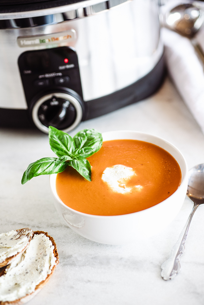 Fresh Slow Cooker Tomato Soup from @hamiltonbeach