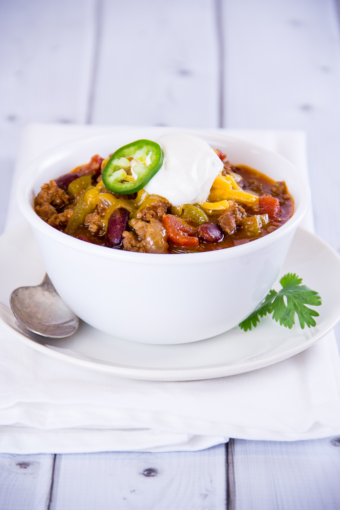 Gridiron Sausage Chili and other Football Tailgating Recipe Ideas from Everyday Good Thinking, the official blog of @HamiltonBeach