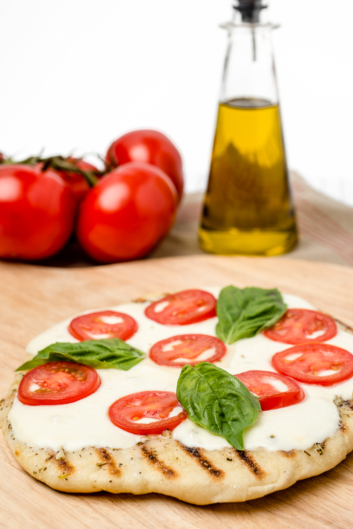 grilled-margherita-pizza-1-1