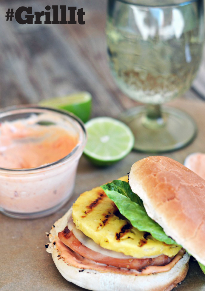 Mountain Mama Cooks used the @hamiltonbeach Searing Grill to make these awesome Grilled Pineapple Chicken Sandwich Burgers on everydaygoodthinking.com #grillit