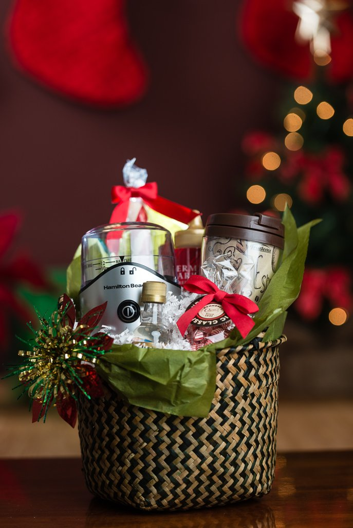 Easy DIY Holiday Gift Sets for Food Lovers and Cooks - from Everyday Good Thinking, the official blog of @hamiltonbeach