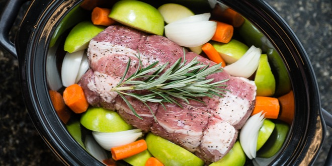 roast-pork-loin-with-apples-onions-carrots-slow-cooker-3-4