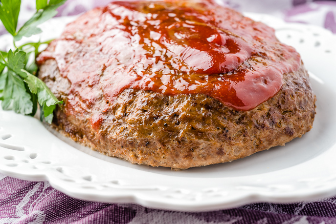 Slow Cooker Classic Meatloaf from Everyday Good Thinking, the official blog of @hamiltonbeach