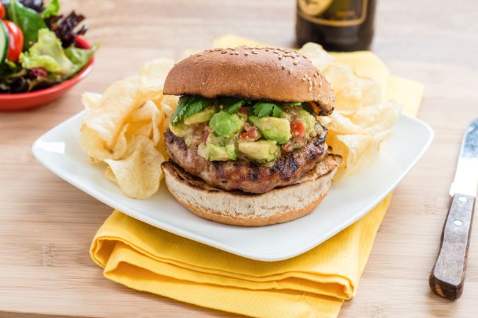 Spicy Turkey Burger with Avocado Shallot Relish on the Searing Grill - from everydaygoodthinking.com @hamiltonbeach #grillit