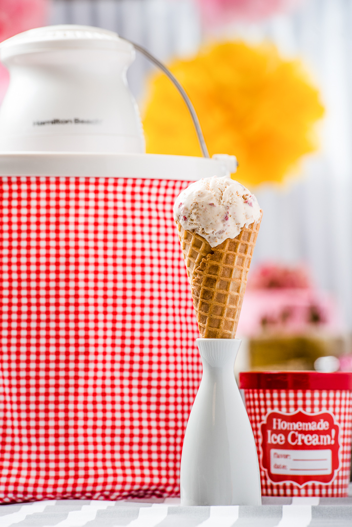 Strawberry Cheesecake Ice Cream from Everyday Good Thinking, the official blog of @hamiltonbeach