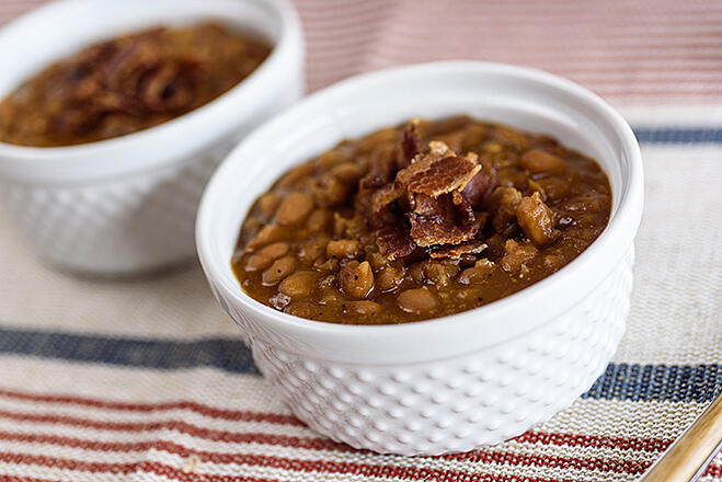 Slow-Cooker-Baked-Beans-1