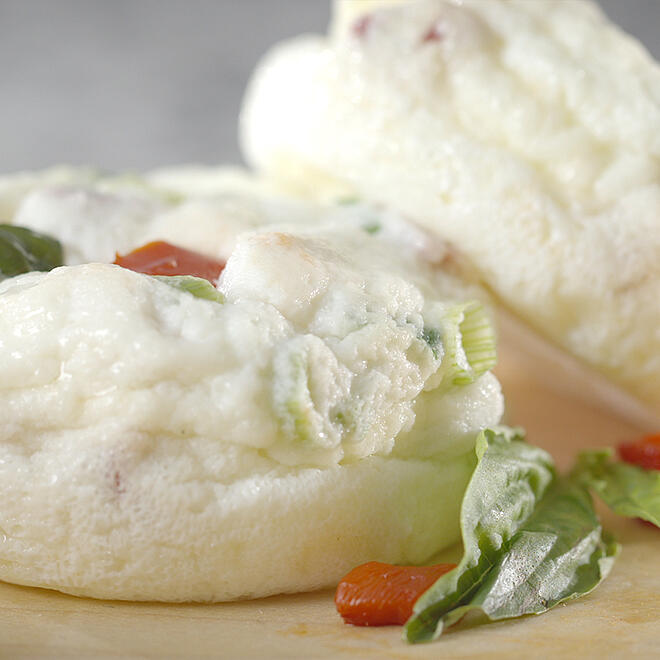 Egg White Bites with Roasted Red Peppers and Basil