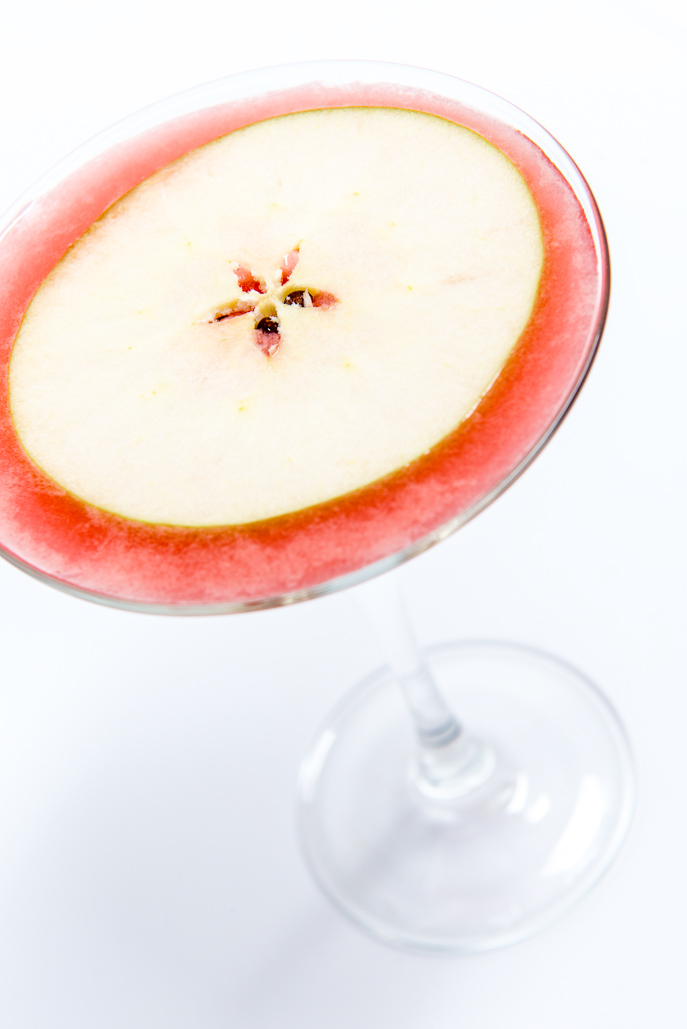 Sour Apple Martini from Everyday Good Thinking, the official blog of @hamiltonbeach